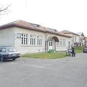 scoala veche din magurele a intrat in reabilitare foto