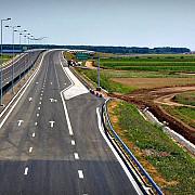 autostrazi construite cu materiale importate