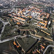avantajele traiului in primul oras inteligent din romania internet gratuit energie electrica si apa mai ieftine