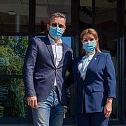 un ziarist de top incearca sa salveze breaza alex ferariu candidatul pmp la primaria orasului cu cel mai curat aer din romania