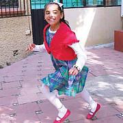 studenta la10 ani