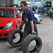 multe dintre service-uri nu mai repara masinile soferilor cu rca la astra