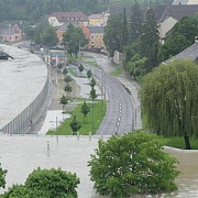 cum se apara austriecii de inundatii