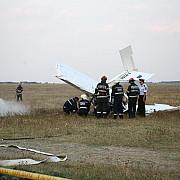 aradun avion s-a prabusit peste o casa