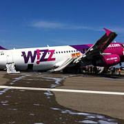 un avion wizzair a aterizat de urgenta la roma
