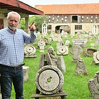 lucian avramescu un scriitor rebel mereu in opozitie cu presedintii romaniei sunt  cetatean al  unei foste tari