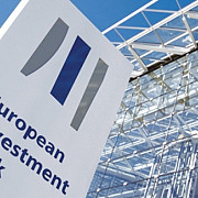 banca europeana de investitii face anagajari