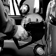 o benzinarie din romania a vandut apa in loc de carburant