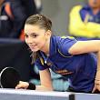 o romanca este singura jucatoare de tenis de masa capabila sa se bata cu asiaticele