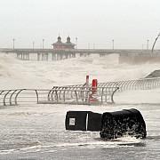 marea britanie ravasita de furtuna