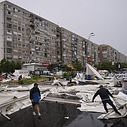 30 de localitati afectate de fenomene meteo severe
