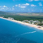plajele litoralului bulgaresc dispar vazand cu ochii inghitite de apa