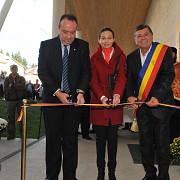 centrul de vizitare  alexandru beldie inaugurat la busteni