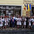 spectacol folcloric romano-ucrainean  la cafeneaua bucuresti din cernauti