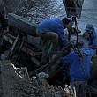 harghita camion cazut in rau dupa ce un pod s-a prabusit