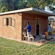 case ieftine pentru nevoiasii din asia