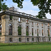 palatul cantacuzino din floresti  micul trianon