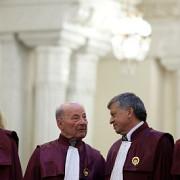 curtea constitutionala amana dezbaterile privind rezultatul referendumului