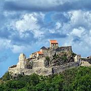 o veche cetate transilvaneana ofera o lectie de turism intregii tari