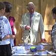 printul charles a inaugurat la viscri un centru de pregatire in mestesuguri traditionale