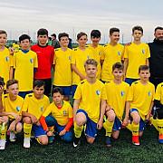patru copii de la scoala de fotbal dani chirita in lotul national u13 foto