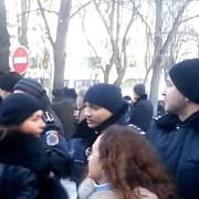 cate persoane au fost ranite in protestele de la parlamentul moldovean