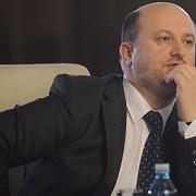 ministrul finantelor a demisionat