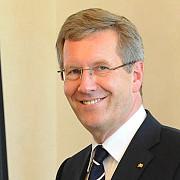de ce a demisionat  viata si scandalurile presedintelui germaniei