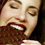 ciocolata neagra nu e buna pentru sanatate