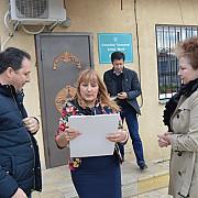 unirea e tot mai aproape donatie de carti romanesti pentru biblioteca din cotul morii republica deocamdata moldova