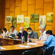 proiectul care impunea restrictii presei in cl campina retras initiatorii invita ziaristii la discutii
