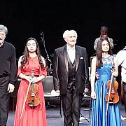 foto video magia muzicii lui eugen doga si a lui emy dragoi un eveniment de cinci stele la teatrul national bucuresti