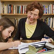 toti copiii profesorilor ar putea fi scutiti de taxe de admitere si cazare