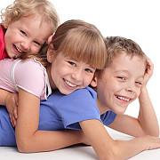 mamele cu trei copii s-ar putea pensiona mai repede