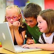 cum vede un copil scoala din romania