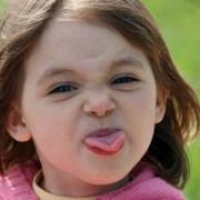 cum sa calmezi crizele de nervi ale copiilor