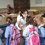 corina ungureanu in sprijinul copiilor din chiojdeanca