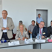 fonduri europene pentru prelucrarea aluminiului la filipesti de padure