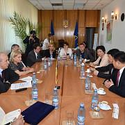 o delegatie din china viziteaza prahova