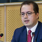 eurodeputatul andi cristea liderul delegatiei pe-republica moldova stop propagandei rusesti propaganda anti-europeana se combate pe teren nu doar de la bruxelles