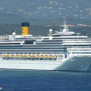 un vas de croaziera a naufragiat in marea mediterana