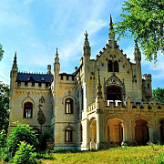 castelul sturdza din miclauseni a fost redeschis