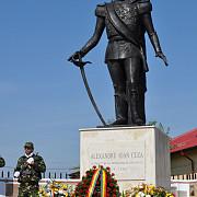 statuia lui cuza pe drumul voievozilor la gorgota judprahova