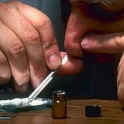 numarul tinerilor romani care se drogheaza s-a dublat