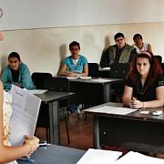 elevii se intorc miercuri la scoala