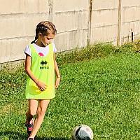 foto csm ploiesti singurul club sportiv din oras unde si fetele invata fotbal