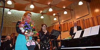 martisor muzical la filarmonica ploiesti prin arta si traditie spre mai bine