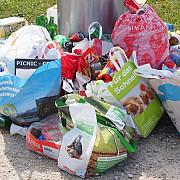 un primar trimite gunoaie prin posta sunt ajutoare de la ue