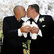 primul targ de nunti gay la paris
