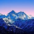 29 de turisti si ghizi au murit in urma unei furtuni in muntii himalaya